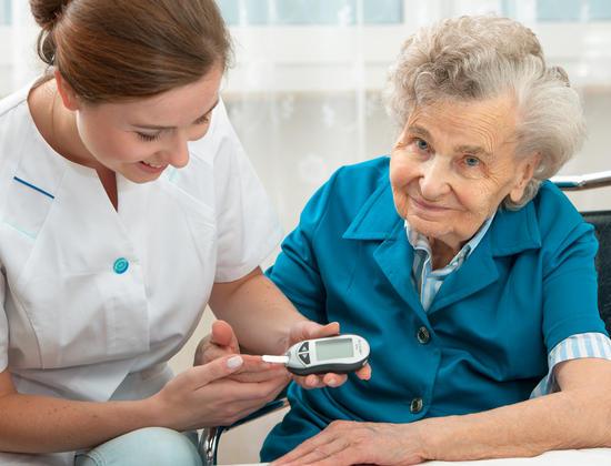 examen santé personne âgée